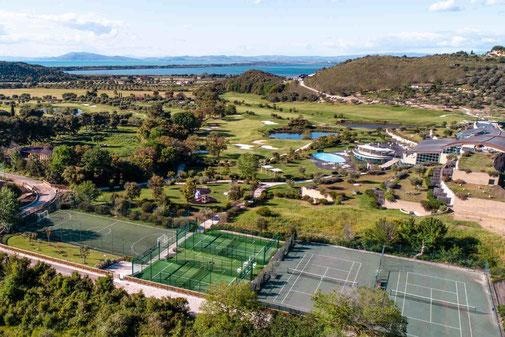 Golfreise Italien Golfpaket Golf Ferien Reisen Golfhotel Toskana Olivenöl Weingut Design Golfhotel Style Spa Wellness