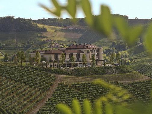 Golf Gardasee,Golfpakete, Italien, Golfferien, Italia Golf & More, Toscana Golf & More, Italien Reisen, Golf Chervo,Golfen in Italien, Weingut Gardasee,