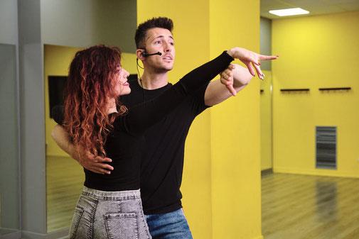 Couple dansant la salsa Cubaine