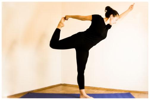 Yoga, Entspannung, Meditation, Ruhe, Gelassenheit, Stress, Ärger, negative Gedanken, Grübeln, Schmerzen, Müdigkeit, Erschöpfung, Unruhe, Leichtigkeit, Motivation,Loslassen, Therapie, Rauchentwöhnung, Gewichtsredukton, Atemtherapie, innere Ruhe