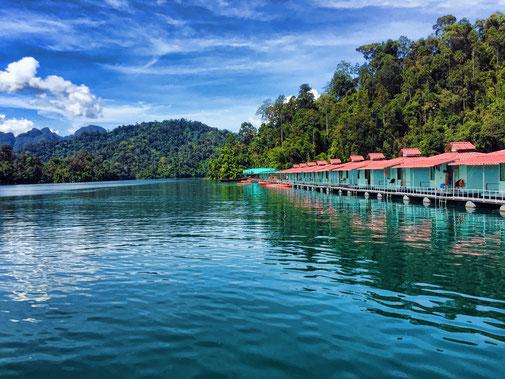 Swimming Bungalows auf dem Cheow Lan Lake