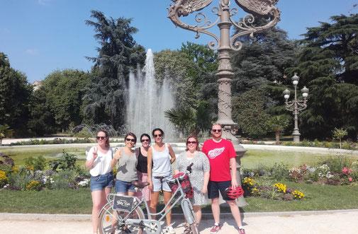 Balade à vélo dans Toulouse avec dégustation de la violette