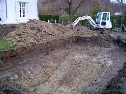 Travaux de terrassement par Tradi Piscines proche d'Orléans (45)