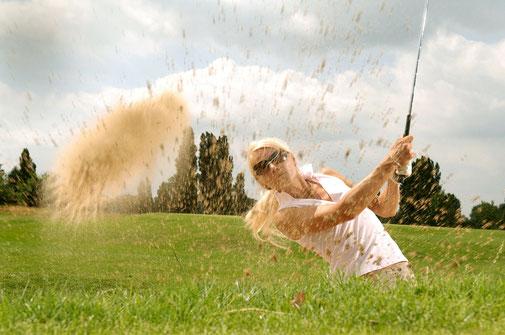 Sehnenentzündungen (z.B. Tennis-/Golferellenbogen, Achillessehnenentzündung, Fersensporn), verstauchte Knöchel, Prellungen und Zerrungen an der Tagesordnung. Die Mesotherapie leistet effektiv und schnell Hilfe. Abwehrschwäche, wiederholte Infektionen.