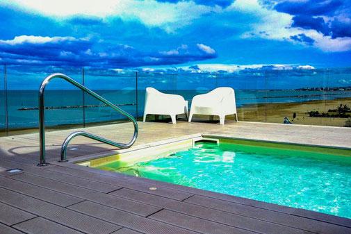 Hotel Madalu, Rimini, Pool, Italien, Die Traumreiser