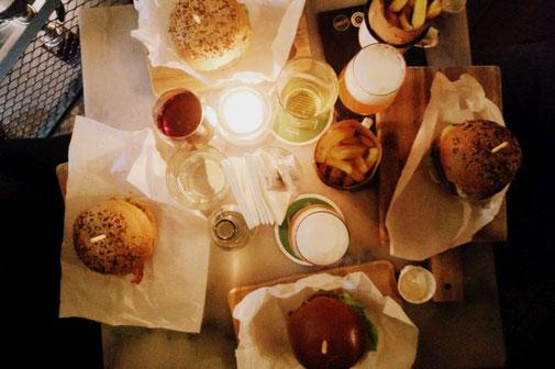 Ter Marsch, Burger, Bier, Rotterdam, Niederlande, Die Traumreiser