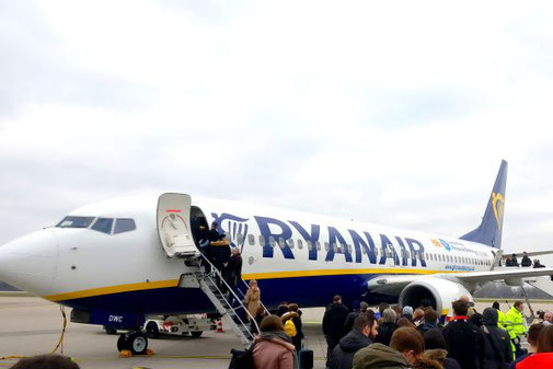 Ryanair, Boeing 737, Flughafen Karlsruhe Baden-Baden, Die Traumreiser