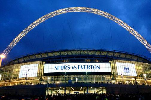 Wembley Stadion, Tottenham Hotspurs, Die Traumreiser