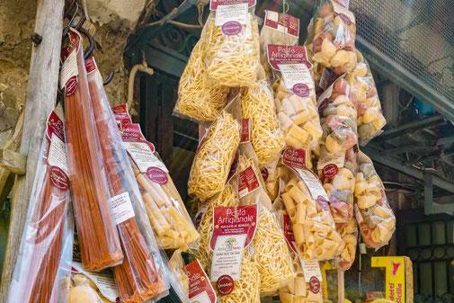 Neapel, Napoli, Italien, Die Traumreiser, Pasta, Nudeln, Essen, Food