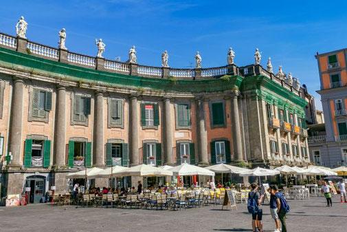 Neapel, Napoli, Italien, Die Traumreiser, Dante, Platz