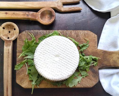 vendita formaggio fresco primo sale fattoria granolat