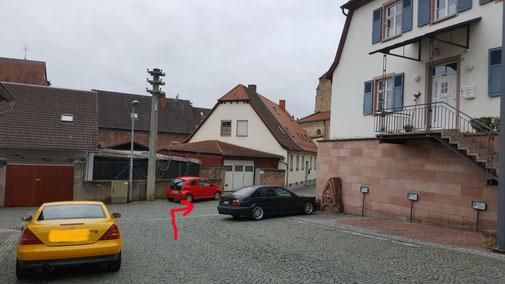 ...links ab in die Gerberstraße...