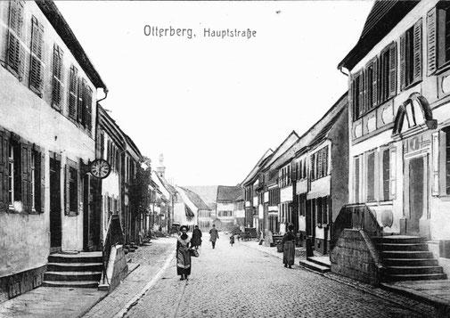 1900, Blickrichtung Süd, links Haus Wirth, rechts Altes Notariat