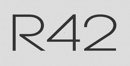 R42 trimaran logo image-01