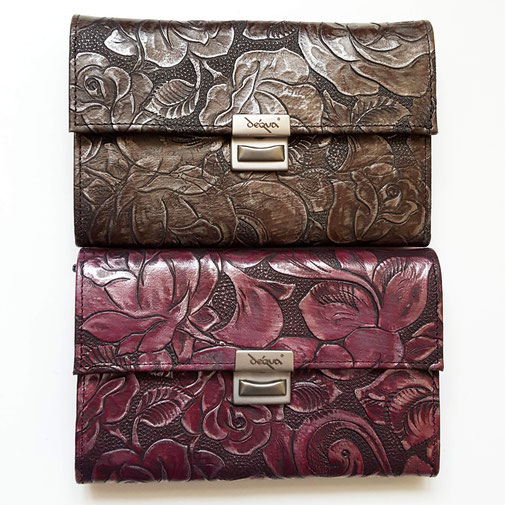 Designer Geldbörse, Mini -Clutch von déqua, Service M, erhaben geprägtes Rindsleder,  Rosen, fuchsia und seltene Bronzefarbe!