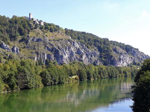 Blick auf die Burg Randeck...