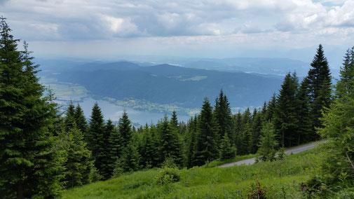 Die Kirche ist nicht mehr zu erkennen - und der Ossiacher See wird immer kleiner...