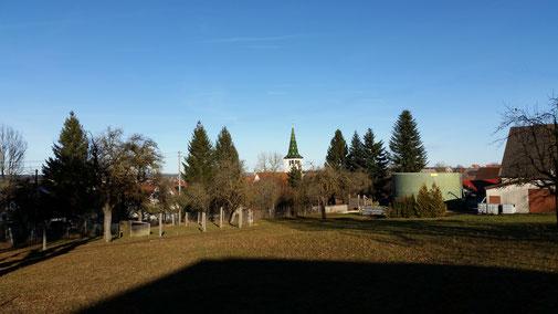 Der Kirchturm von Machtolsheim...