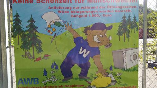 Schild am Grünsammelplatz...