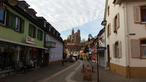 Blick auf die Burg Breisgau (auch interressant: der Himmel)