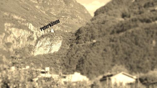 Peterköfele auf dem Fels