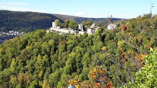 Blick auf Burg Helfenstein...