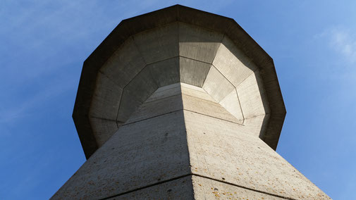 Der Wasserspeicher von unten nach oben - in Machtolsheim