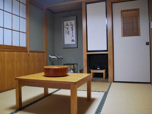 6畳一間の和室