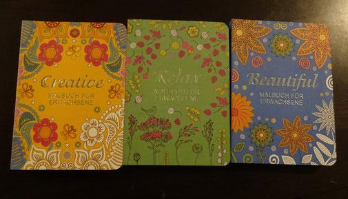 1 von 3 Malbüchern für Erwachsene von Ullmann Medien (Creative, Relax, Beautiful) plus einem kleinen Päckchen Buntstifte