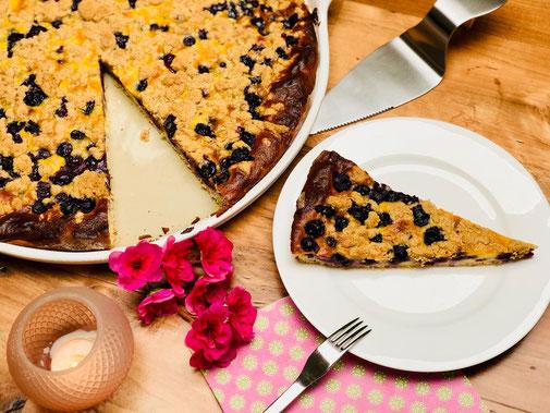 Hier siehst du meinen leckeren Blaubeerenkuchen mit Rahmguss von der White Lady von Pampered Chef