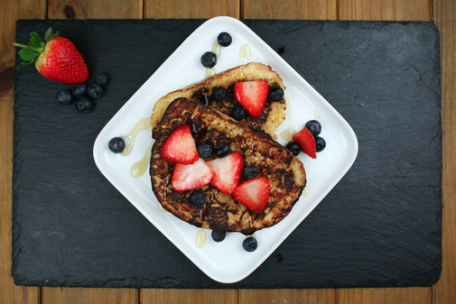 French Toast with Strawberries & Blueberries
