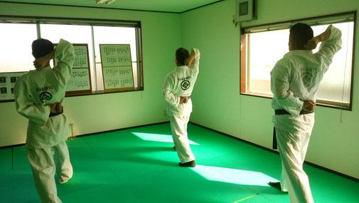 八光流柔術護身体操 千葉県鎌ヶ谷市の八光流柔術健心会道場です。
