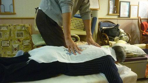 「皇法指圧」勉強会:千葉県鎌ヶ谷市の八光流「皇法指圧」の整体院 自然医学療法センター橋本です。