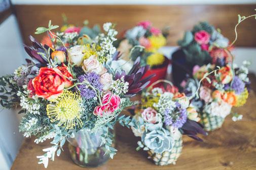 Les Coins Heureux Wedding planner Paris et Île-de-France Bouquet de fleurs colorées