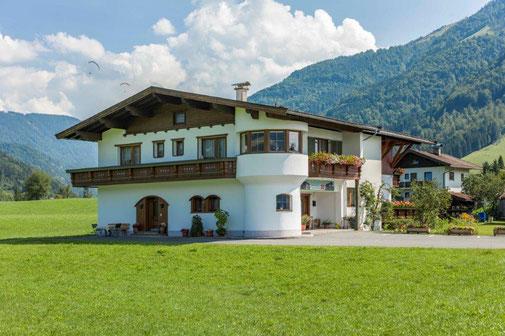 Ferienwohnungen Haus RESI in Kössen Tirol Kaiserwinkl