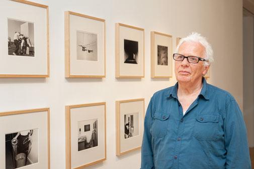 """Karl (65) neben """"Evidence"""" von Mike Mandel & Larry Sultan"""