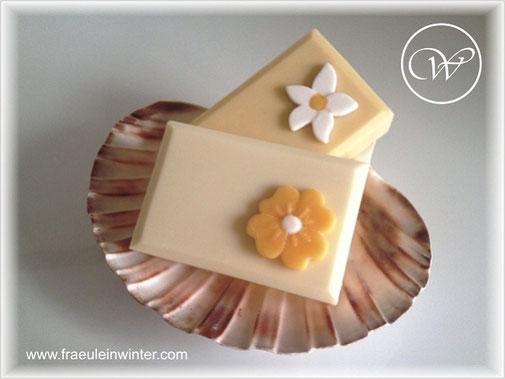 """Seife """"Blümchen"""" - handmade soap"""