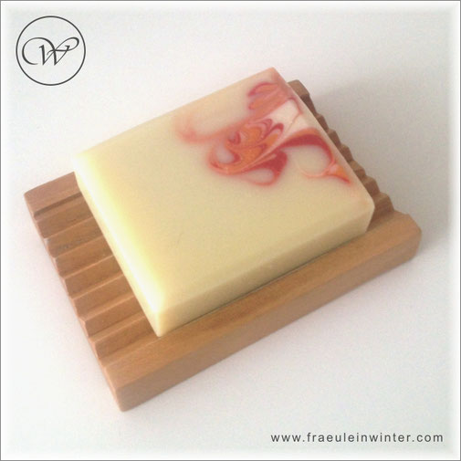 "Seife ""Swirl-Marille"" | handmade soap"