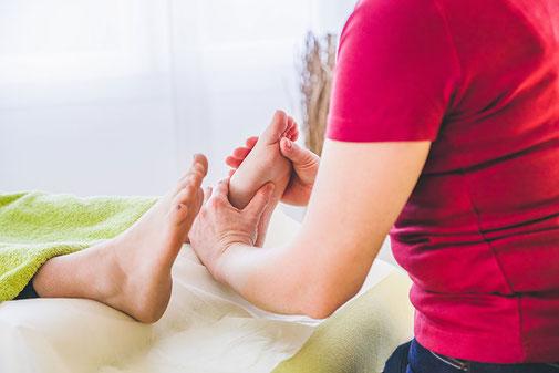 Fussreflexzonen Massage in der Naturheilpraxis Moni Näf in Muri, Freiamt