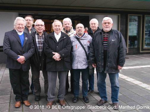 Foto: Neujahrsempfang IG BCE GE, Gruppenbild IG BCE Gladbeck-Süd vor Hans-Sachs-Haus GE 2018
