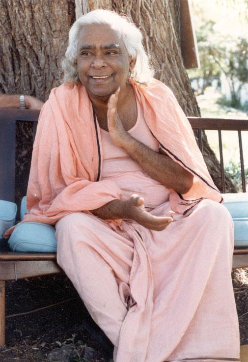 Swami Visnu-devananda Portrait