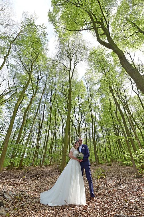 Hochzeitsfotograf, Kapelle Pützfeld, Ahr, Altenahr, Ahrbrück, Brück, Eifel, Lind, Nürburgring, 2016, 2017, 2018, Hochzeit, Heiraten, Hochzeitsfotografie, Standesamt, Frühling, Tal