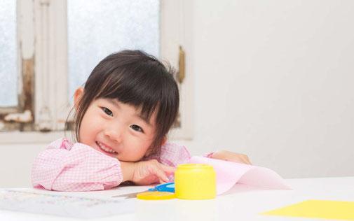 【家族カウンセリング講座】子どもの能力を聞き出すコツ 「3つほめて1つ伸ばす!」の実践で大人も子どもも幸せに