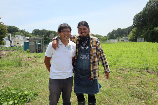 藤沢市観光協会の関根さんとみっちゃんの2ショット