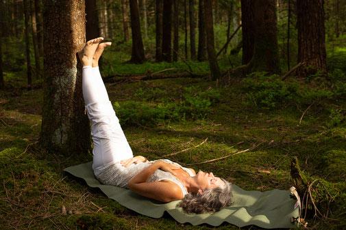 Regenerien und Loslassen mit Yoga, www.lemuria-lumina.com