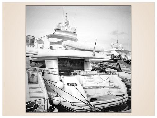 auftragsmalerei-inna-bredereck-kunstwerk-gegenstaende-boote-hafen-kai-sportboot