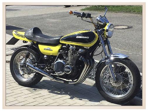 auftragsmalerei-inna-bredereck-kunstwerk-gegenstaende-motorrad-gelb-schwarz