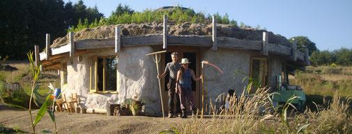 Foto: Selbst gebautes Wohnaus in der ÖkoSiedlung Lammas / England