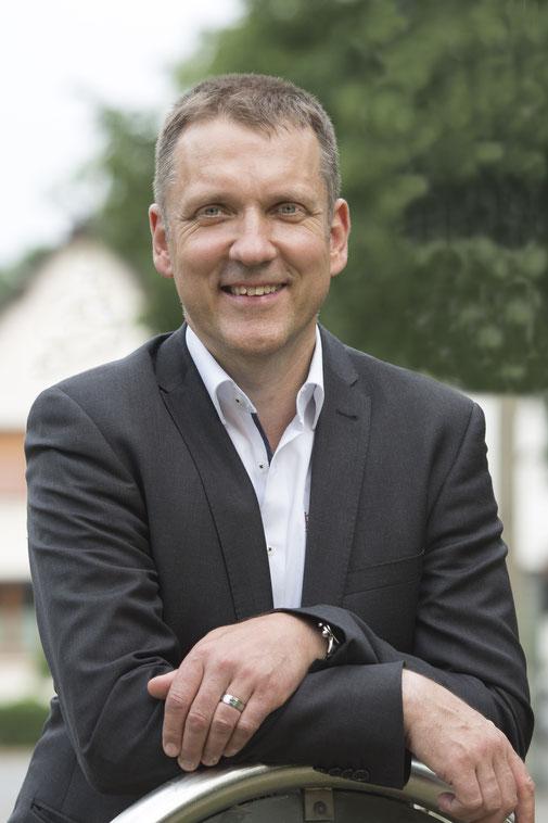 Sporthypnose & Notfallhypnose, Peer Vollmer, Sonja Müller Akademie, ursachenbasierte Hypnoanalyse nach Müller (UHAM)