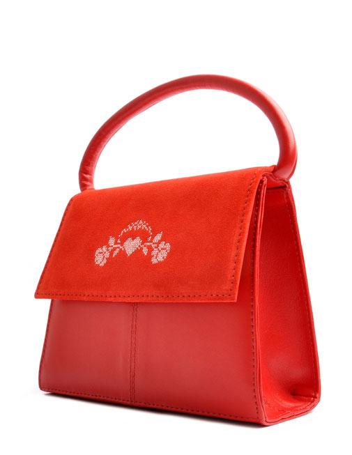 Schultertasche zum Dirndl. Trachtentasche rot  . OSTWALD Traditional Craft